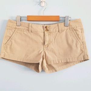 American Eagle beige khaki short shorts